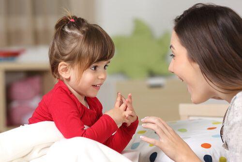 padres-hijos-divirtiendose